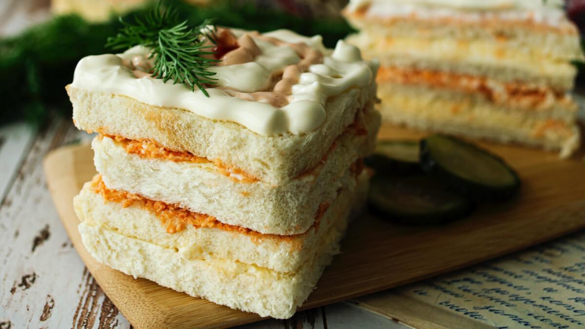 Goda och underbara smörgåstårtor